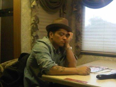 Bruno Mars $)