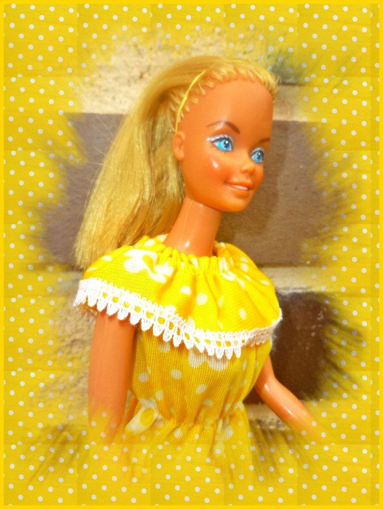 En jaune...