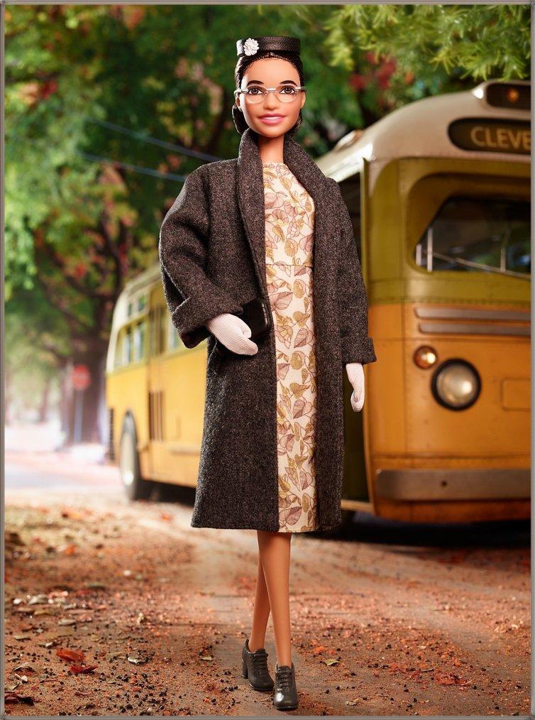 Barbie Signature Inspiring Women