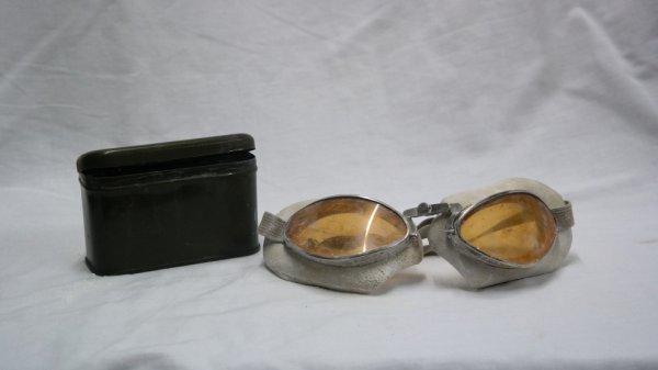 ww2 lunettes de Motard Moto Militaire France avac sa boite peinte vert-armée