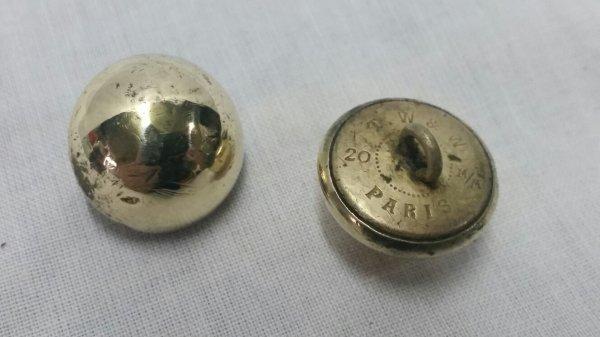 Deux  bouton de capote  ww2