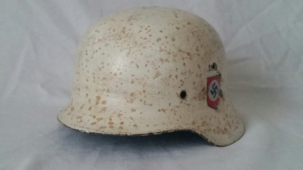 Superbe casque allemand  ww2  ss  camouflage  blanc