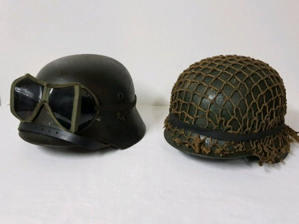 Mai deux superbes casque allemand ww2