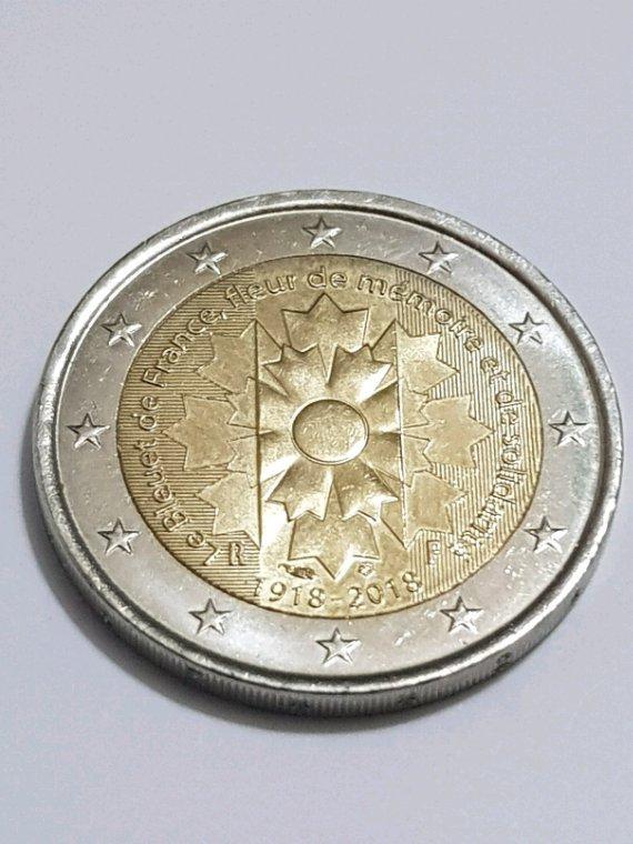 Voilà  une 2 euro des 100 de la grande guerre