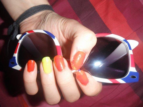 manucure au couleurs de l'été