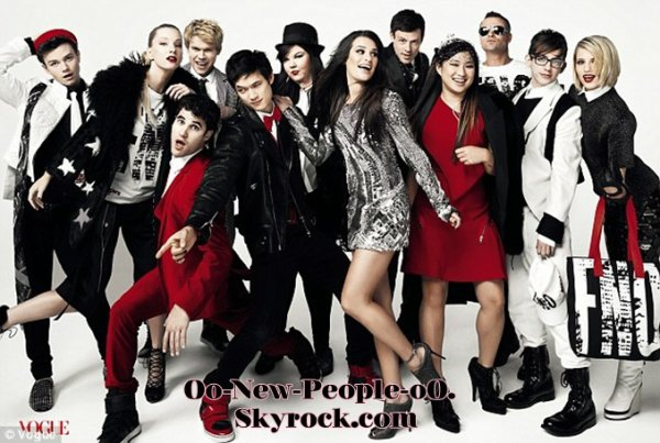 16.08.2011 - Photos Magasin : Le casting de Glee dans Vogue