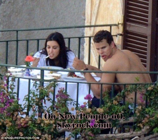 26.08.2011 - Reportage Photos : Kim Kardashian et Kris Humphries : enfin les photos de leur lune de miel !