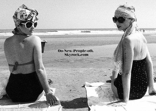 28.08.2011 -  Photos : Taylor Swift dévoile ses photos de vacances enmode rétro!