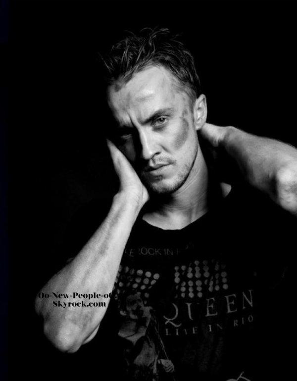 04.09.2011 -  Couve : Tom Felton : En couverture de The HF, méconnaissable !
