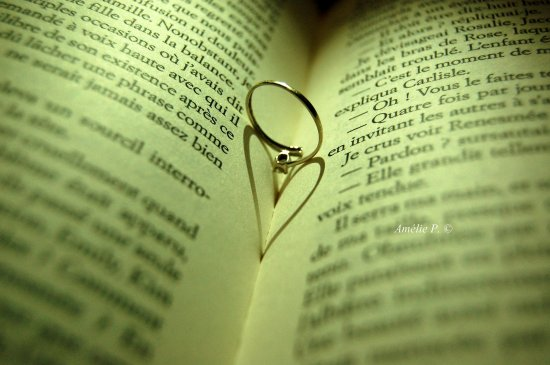 L'amour est un secret bien gardé parce que tout le monde le connaît.