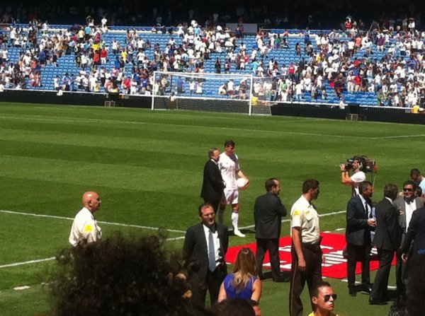 Gareth Bale photo officiel de la présentation au stade
