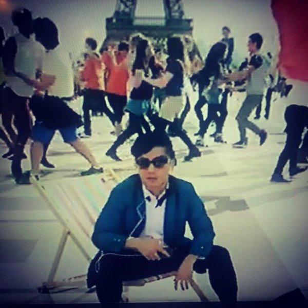 Flashmob Trocadéro gangnam style !