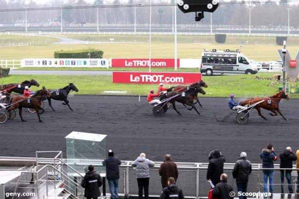 samedi 7 janvier 2017 - vincennes 17 chevaux départ à 15h15 résultat 12 2 5 13 11