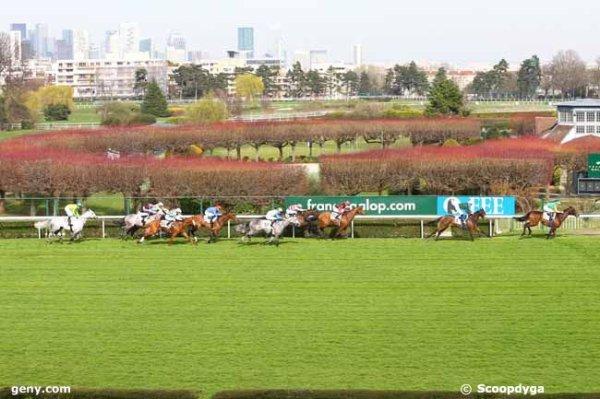 samedi 11 mars 2017 - un quinté de plat a saint-cloud 18 chevaux mon choix :  11 9 17 14 15 .... résultat 4 1 16 9 18