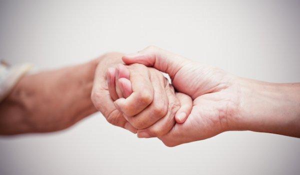 savoir souffrir main dans la main
