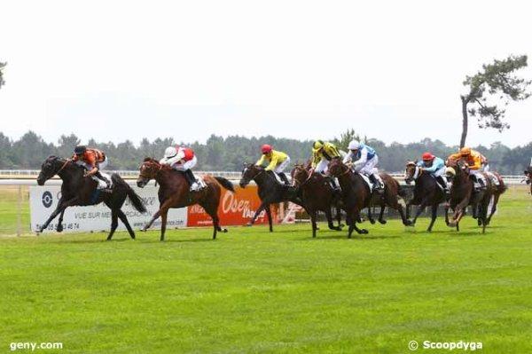 ce jeudi 22  juin  2017  à la TESTE  plat  2400 mètres 16 chevaux mon choix  1  6  5  10  12.arrivée 7 14 15 5 1 .....
