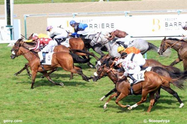 dimanche  27  août  2017  deauville -  17 chevaux  mon choix  14 10 11 5 7......résultat 16 4 5 1 9