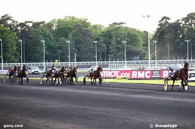 vendredi 24 mai 2019 vincennes trot attelé 16 chevaux mon choix 5 7 4 16 1 ......arrivée 16 4 12 13 5