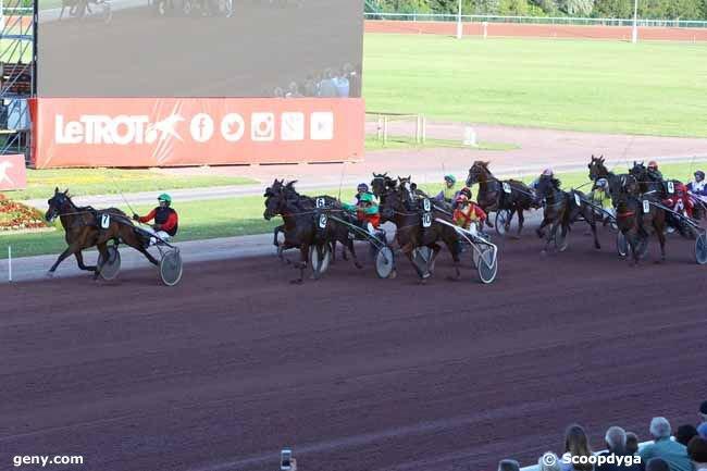 vendredi 5 juillet 2019 cabourg trot attelé  14 chevaux mon choix 9 6 13...arrivée 7 10 12 6 8