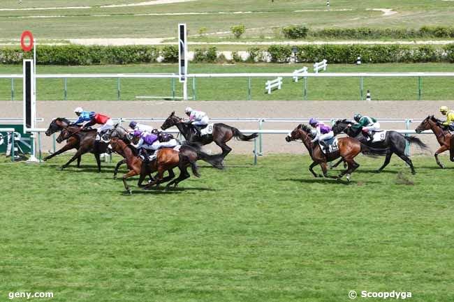 lundi 8 juillet 2019 deauville plat 16 chevaux mon choix 13 12 8 ....arrivée 4 13 3 5 8