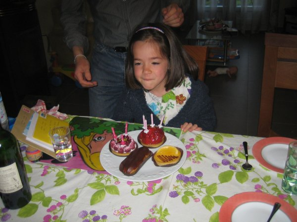 Julie a 7 ans !