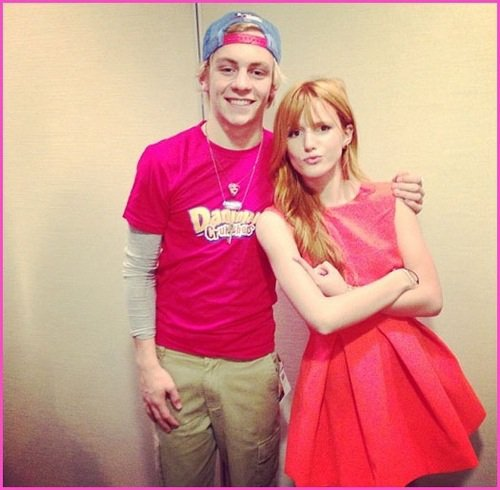 Bella Thorne et Ross Lynch