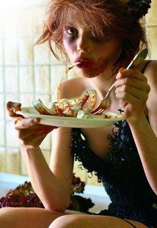 Je ne sais plus ce qu'il m'arrive, je suis en pleine crise constante de boulimie.