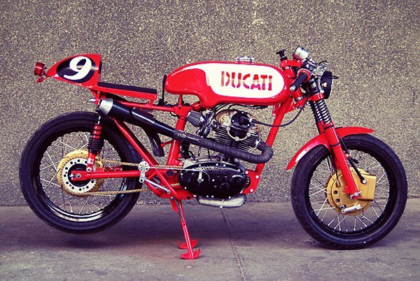 # DUCATI  CARALLO SPORT - By RADICAL DUCATI