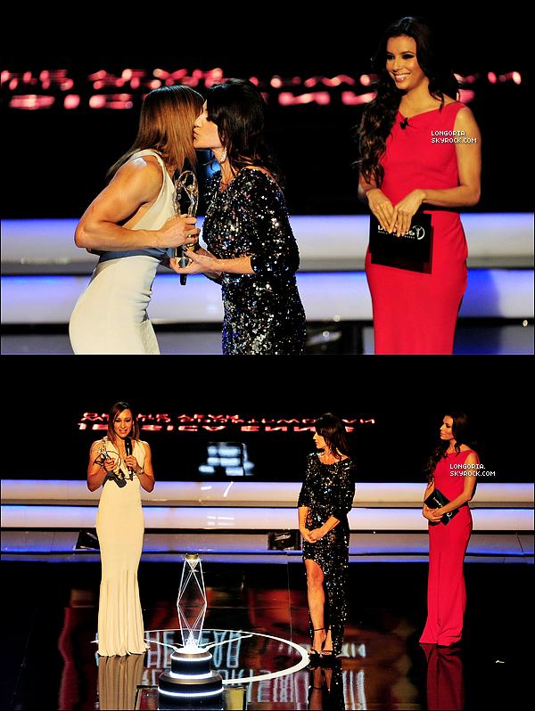 .11/03/13 : Eva Longoria, plus que sublime, était aux « Laureus World Sports Awards » à Rio de Janeiro..