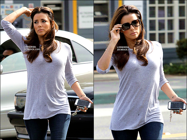 .28/03/13 : La belle Eva Longoria a été photographiée sortant de la résidence « Pal's » dans West Hollywood..