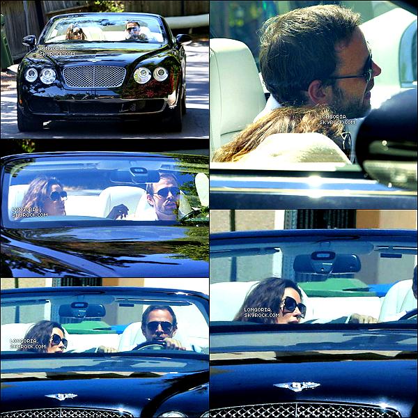 .21/04/13 : Eva Longoria a été aperçue en compagnie d'Ernesto Arguello à Los Angeles..