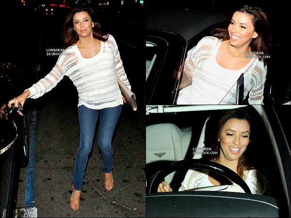 .26/04/13 : Miss Longoria, très souriante, a été aperçue se rendant au Château Marmont dans West Hollywood..