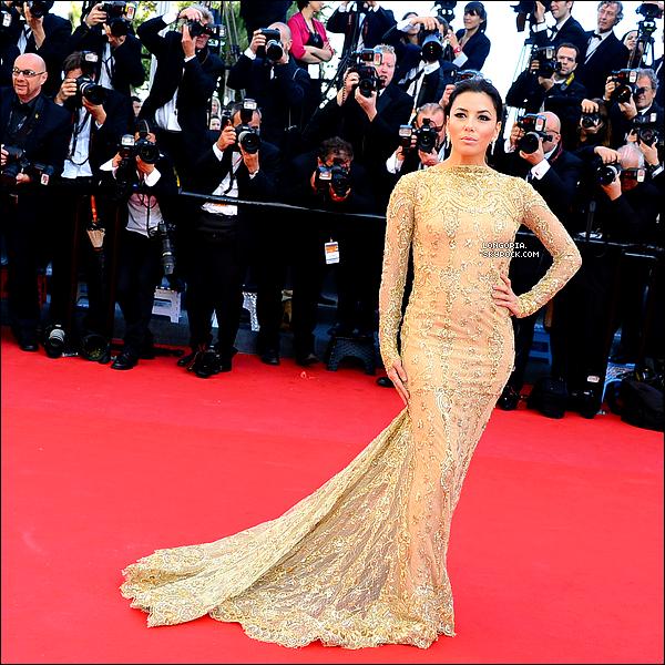 .17/05/13 : Eva Longoria à la 1ère montée des marches du « 66e Festival de Cannes » pour le film « Le Passé »..