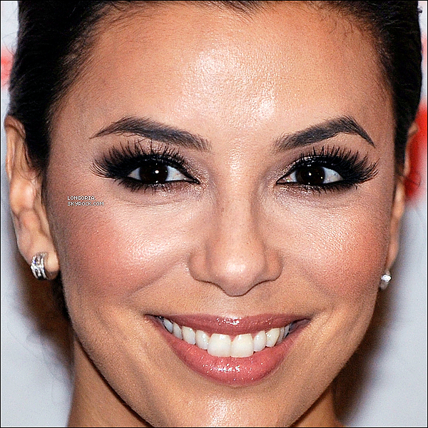 .07/06/13 : Eva Longoria s'est rendue aux « YWCA USA Women of Distinction Awards Gala » à Washington D.C.La belle a eu l'honneur de voir lui être attribuée le prix de « The Dorothy I. Height Racial Justice Award ». Bravo Eva !  .