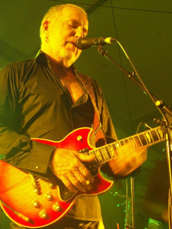 """photo concert hier soir 29 sept 2012 st arnoult""""maison elsa triolet""""le reste en cours de traitement"""