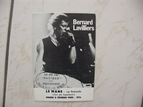 TRES RARE CARTE RECTO VERSO 1982  (le mans la rotonde )