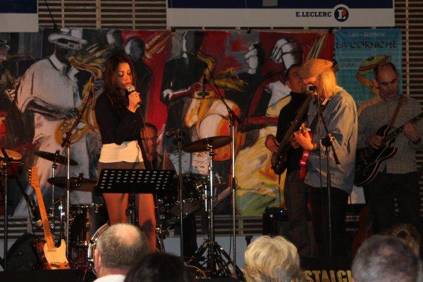 concert hommage a bernard lavilliers....voici les chanteuses et le groupe de musiciens ( expo bernard  lavilliers )