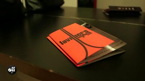 Bernard Lavilliers reçoit son disque de platine à l'Olympia......bravo