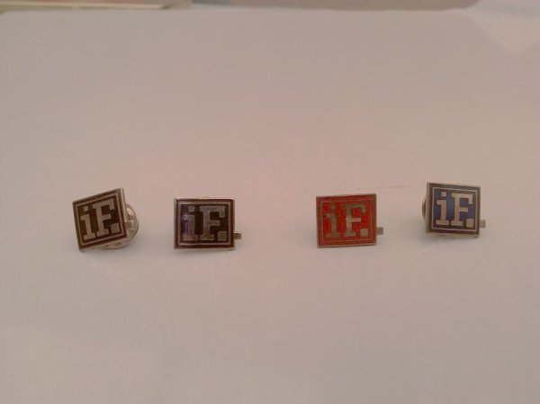 "rare pins album "" IF "" de 1988 (2 noirs , 1 rouge ,1 bleu)  merci a sylvie"