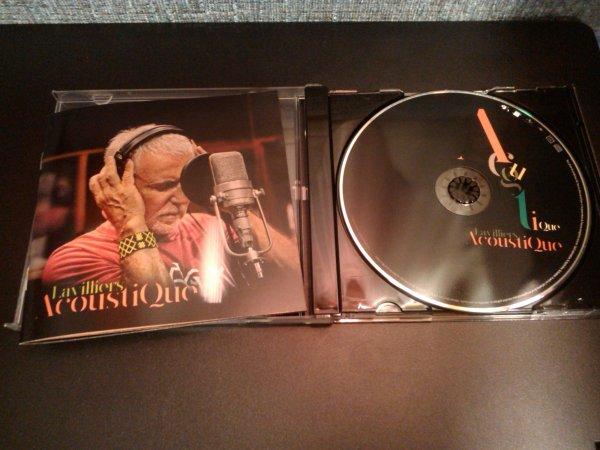 cd album acoustique de bernad lavilliers avec un tres jolie livret graphique