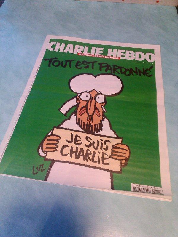 """exemplaire a posséder , """"charlie hebdo  """", excellent hommage ................"""