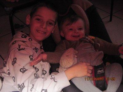 Les garçons et leur soeur