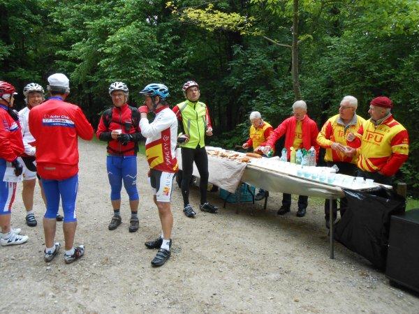 Rallye des Châteaux, à Ballainvilliers (8/05/2014)