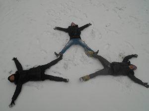 Dans la neige avek euxxx <3