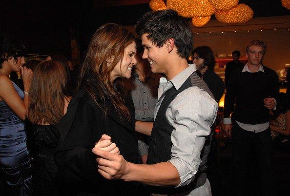 Nikki Reed nous parle de la relation Jacob/Rosalie dans Breaking Dawn