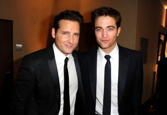 Interview de Robert Pattinson + Petits mots des Acteurs de Breaking Dawn
