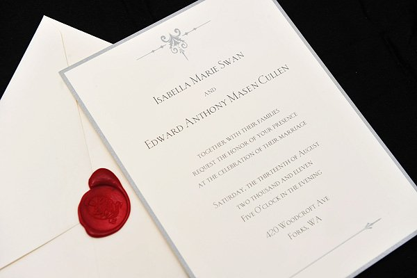 L'invitation d'Edward et Bella à leur mariage + Photos des MTV Movie Awards