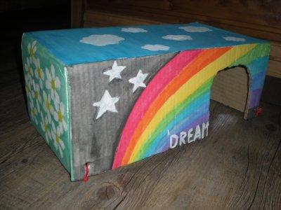 Ma nouvelle maison multicolore :)     ----> Maison Arc En Ciel <----                             Dream'