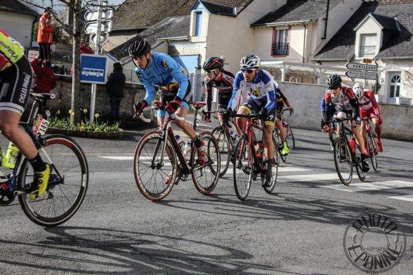 Blois(41).7e édition de la Route d'Eole.Nationale Juniors 1.14.1.1° Etape Blois - Fougères-sur-Bièvre 108,5 km. Dimanche 27 mars 2016