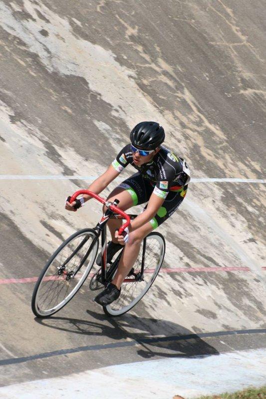 Foix(09).Vélodrome.Trophée Midi-Pyrénées Piste.Cadets Poursuite,Danoise. Samedi 2 avril 2016